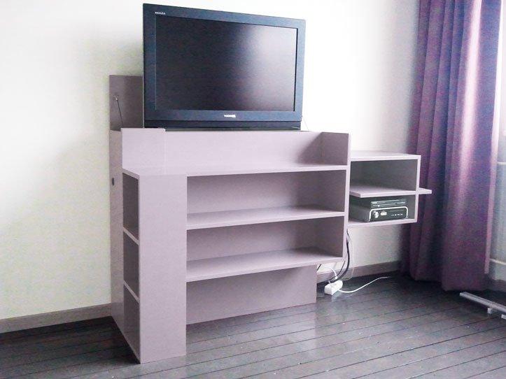 Slaapkamer Meubel Met Tv Lift : TV meubel Javier zelf maken Coen -5