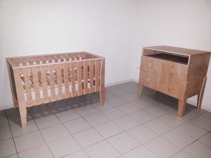 Zelfbouw Ledikant-Kinderbed en commode Leon