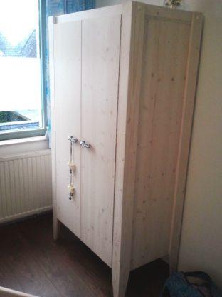 Kinderkamer-meubels-bouwen-Leon-Janeke