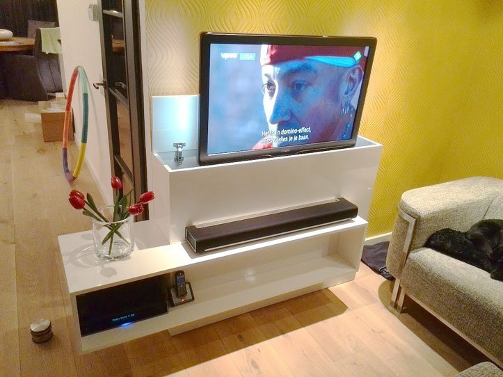 Dicht Tv Meubel : Tv lift wandmeubel design tv meubel of tv kast
