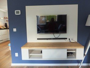 Zelfbouw tv-meubel gemaakt door Brenda