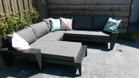 Lounge hoekbank Yelmo gemaakt door Hans