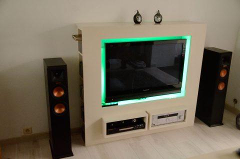 Mooi modern tv meubel Antonio gemaakt door Maarten