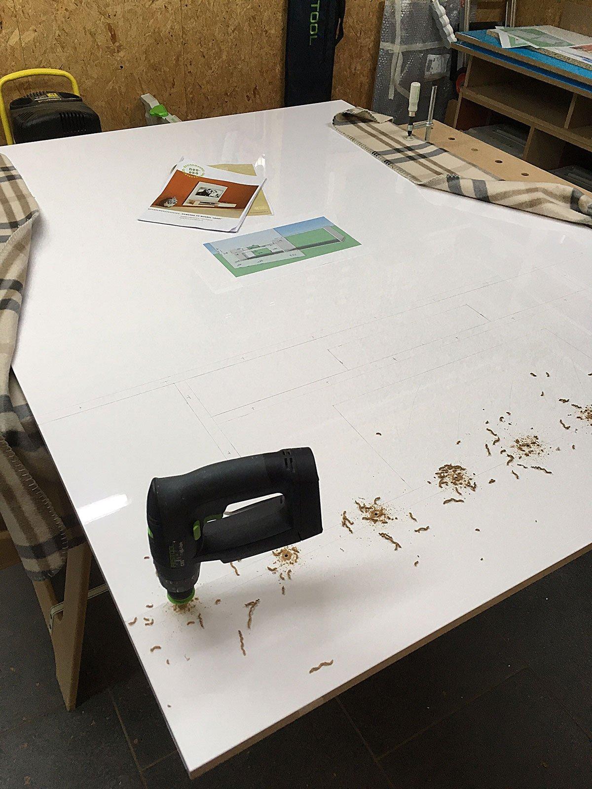 Hangend TV meubel Jordi zelf maken: door Cosmas