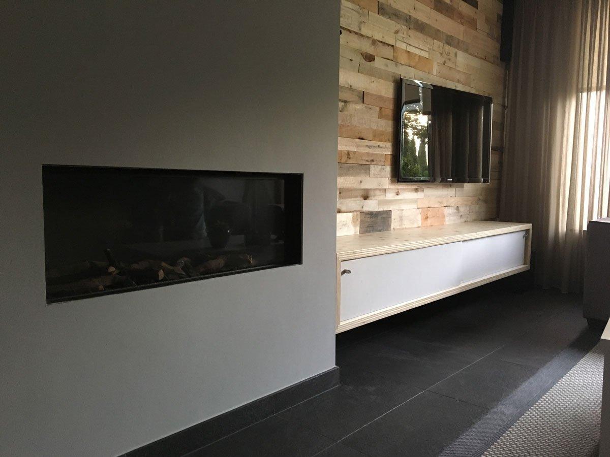 Zelfbouw-hangend-tv-meubel-ArturoXL-door-Niels-V-12.jpg