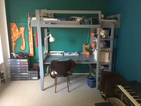 hoogslaper met bureau Wolf gemaakt door Bernardine