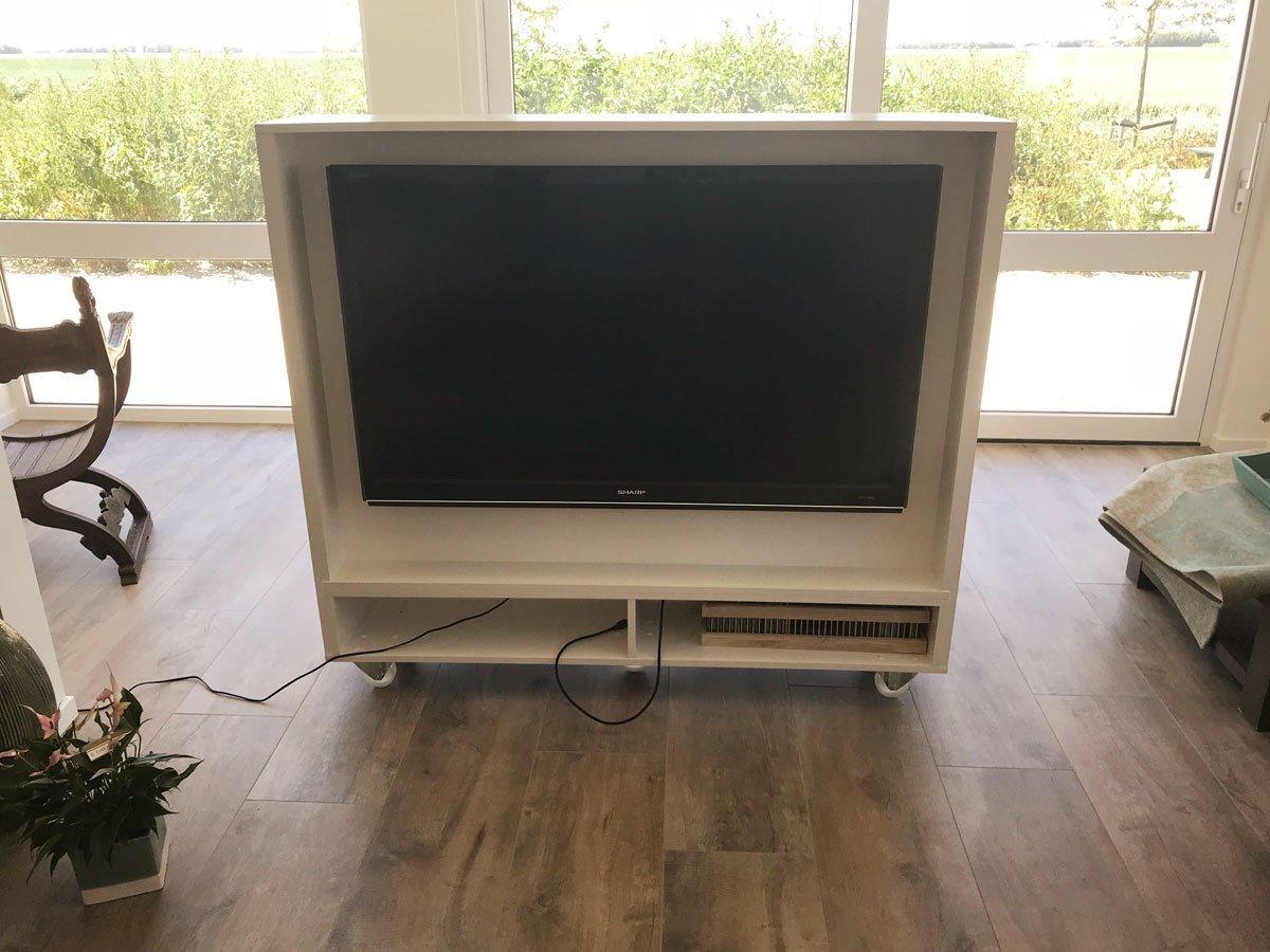 Ontwerp en tekeningen op maat tv-meubel Krissie