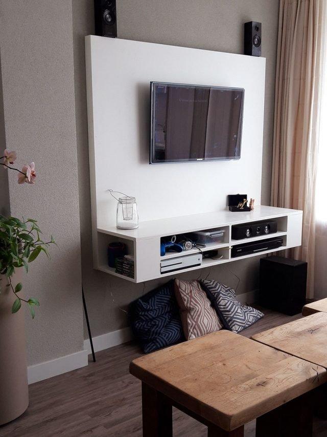 TV-meubel Penelope gemaakt door Yvonne