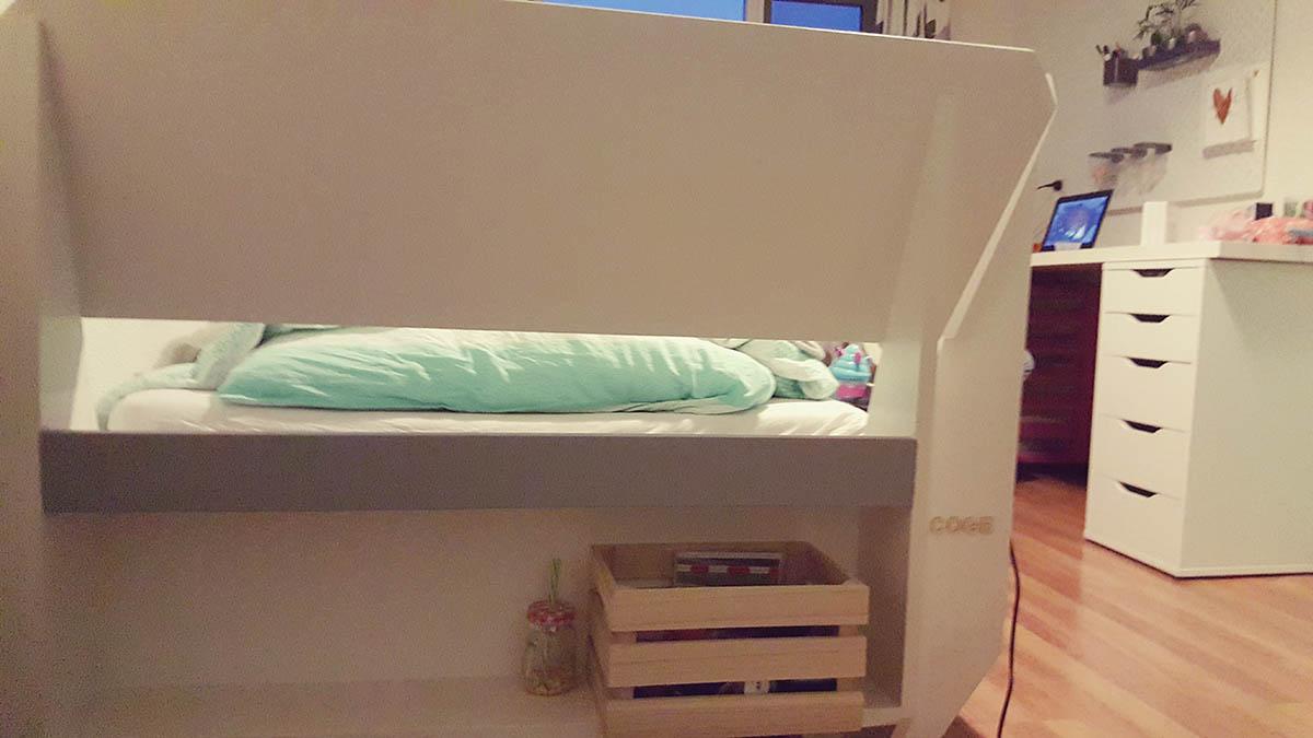 Zelfbouw tiener chill bed Acoge door Jan