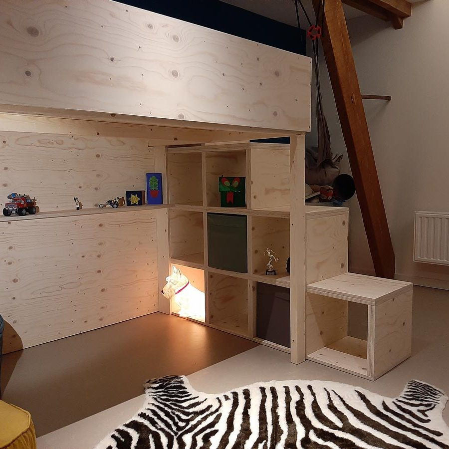 Zelfbouw hoogslaper Carlos door Pieter, ontwerp, tekeningen en handleiding door Neo-Eko-meubelwerktekening